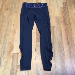 Lululemon 7/8 leggings. With 4 way stretch